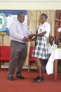 ULITA PROSPER RECIEVES HER AWARD FROM CEO